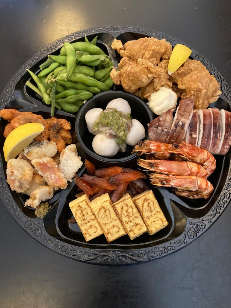 Assorted Party Platter パーティープラッター (Suitable for 4 people) $90.00